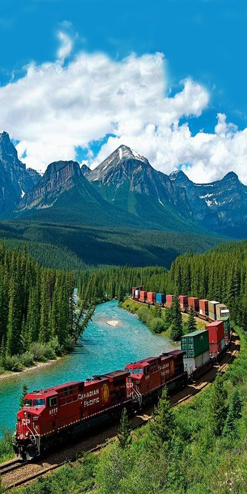 Canadian Pacific Railway, Banff National Park, Alberta, Canada