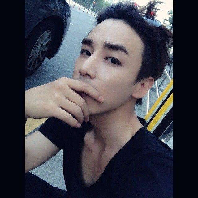 yihan_jin pic official instagram instagram.com/yihan_jin