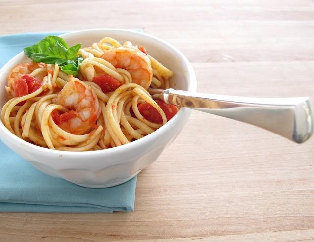 arrabiata sauce with shrimp & linguine: Arrabiata Sauces, Shrimp Linguine, Everyday Occa, Ideas Quick, Dinners Ideas, Linguine Recipes, Steffen Hobick, Jenny Steffen, Quick Dinners