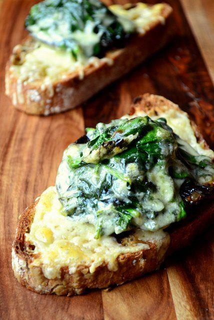 Spinach and Portobello Mushroom Crostini