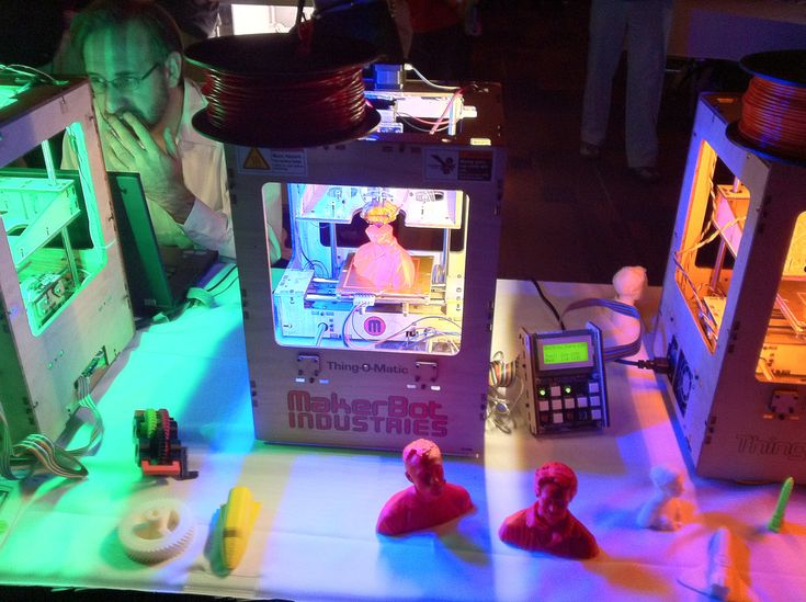 "Spread the love           3D Printing is Breaking New Ground With Video GamesRate this post There are myriad applications for 3D printing, and with the technology still in its ""infancy"", enterprising creators are constantly finding new ways to use it. We've witnessed 3D printers be used to make everything from medical instruments to car parts and …"