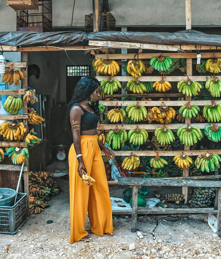 """2,893 Likes, 117 Comments - ⠀⠀⠀⠀ ⠀⠀⠀⠀ Jetsetter Jackie (@queenjackie) on Instagram: """"Couldn't resist stopping at this cute banana shack #travel #banana #yellow #blog #blogger…"""""""