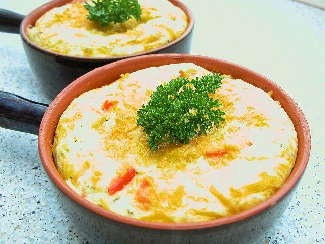 <p>Super+nem+og+hurtig+ret.+Vi+fik+det+her+som+del+af+en+tapas.+Men+har+også+haft+lavet+det+til+både+frokost+og+aftensmad.+Det+er+en+god+måde+at+få+brugt+rester+på.+Både+af+kartofler,+grøntsager+og+kød+😉+Og+så+smager+det+jo+super+lækkert+🙂+…</p>