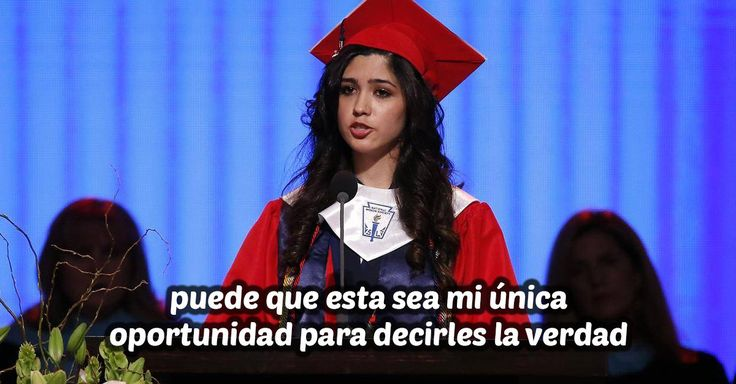 La vida pone adversidades que solo los valientes pueden enfrentar; joven mexicana confiesa su mayor secreto durante su discurso de graduación y recibe ovación