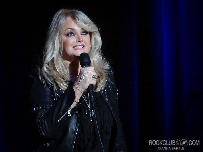 Review: BONNIE TYLER - Revesby Workers Club - 27 May 2017