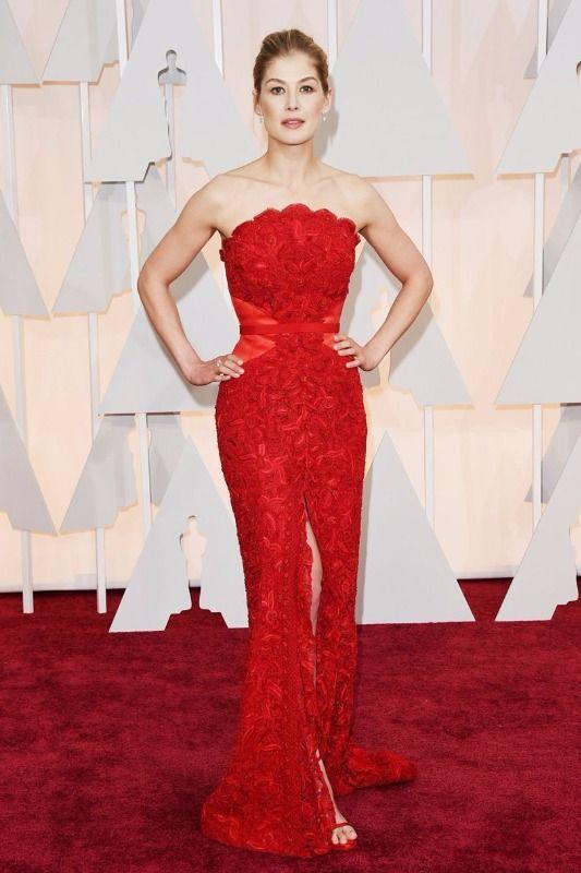 Givenchy na červeném koberci