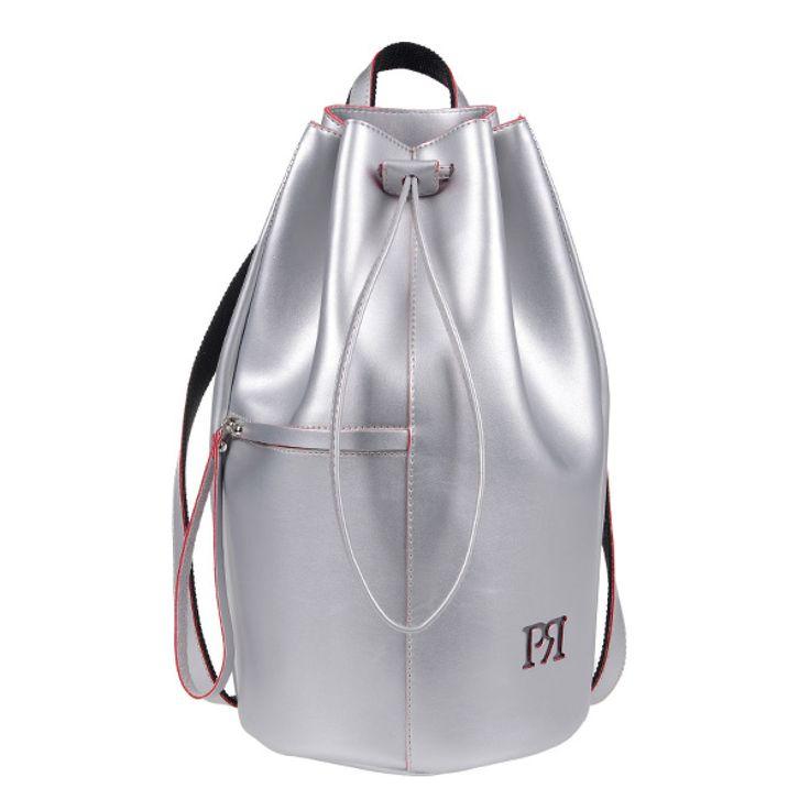 ΤΣΑΝΤΑ PIERRO 00175 ΑΣΗΜΙ  Σακίδιο πλάτης τύπου πουγκί με εξωτερικό τσεπάκι με φερμουάρ.  Ύψος40  Πλάτος22  ΣύνθεσηEco Leather
