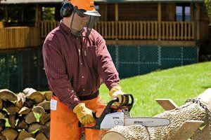 When doing your own landscaping, these 10 tools are must-haves. #landscape #tools #landscaping_tools