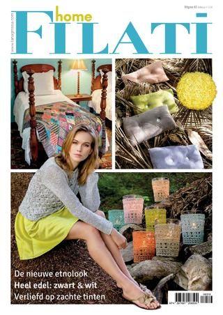 Lana Grossa FILATI Breimode Uitgave 63 (Home) (NL)  Hoera, een crocus! Jawel, het is lente – hoogste tijd, de donsjassen in de kast te laten verdwijnen, fietsen en ramen te poetsen en, natuurlijk, in handwerkwinkels naar de nieuwste garencreaties te zoeken. En wat maken we dan? Nou, laten we beginnen met de ETNOLOOK, die ons nu naar Afrika, Azië en Mexico ontvoert. Bovendien: tijdloze mode in ZWART-WIT en pure luxe in SAFARISTIJL. En natuurlijk wordt ook de LENTE welkom geheten – met…