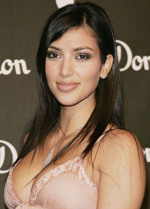 Kim Kardashian in June 2006....I think she looks gorgeous here.