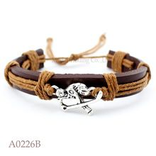 (10 pieces/lot) ANTIQUE SILVER HOCKEY PLAYER CHARM Adjustable Leather Cuff Bracelet for Men & Women Friendship Casual Jewelry(China (Mainland))