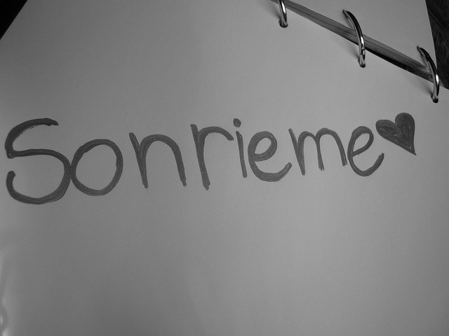 Sonrieme ♥ by Nothing is forever..