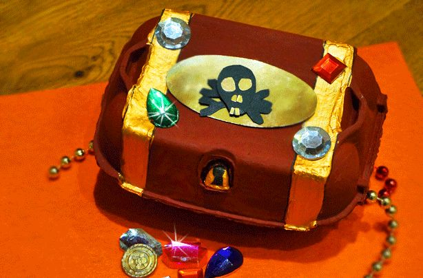 Ahoy there! This bejewelled treasure chest is a gem of a craft for kids as it's fun and easy to make, too.