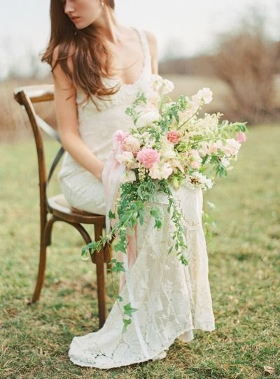 Pastel inspiration: http://www.stylemepretty.com/2015/04/05/pastel-easter-wedding-inspiration/ | Photography: Jodi Miller - http://jodimillerphotography.com/