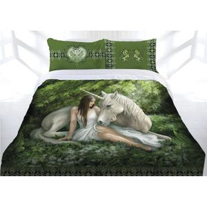 Anne Stokes — Pure Heart Quilt Cover. Comes in King, Queen, or Double sizes, with two lovely matching pillowcases!