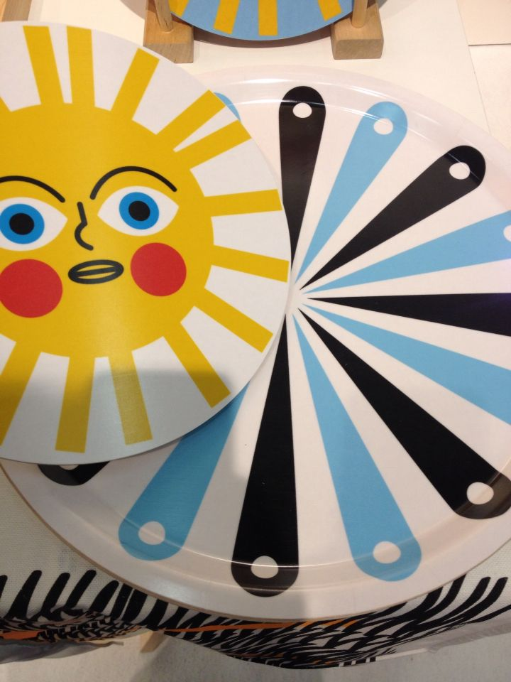 sun trivet and playful round tray!
