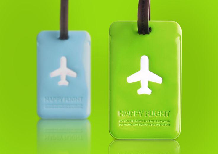 """Alife Design da sempre trasmette nelle proprie collezioni il valore delle emozioni, in particolare il colpo d'occhio di colore, luce e piacere. Con particolare attenzione per chi viaggia, crea oggetti con un """"qualcosa in più"""" per vivere meglio e più comodamente.  1000 colori e 1000 idee per viaggiare con praticità e comodità. luggage tag #alifedesign #alife #design #bag #travel #travelbag #plane #trip #flight #vacation #luggage #tag #color"""