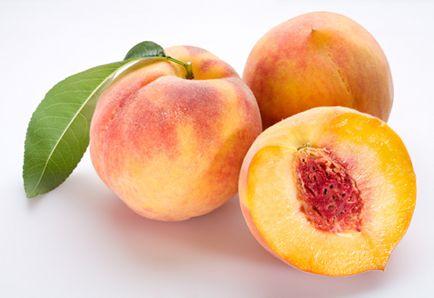3 Peachy Raw Food Recipes for Summer: Peach Ice Cream, Peach Pit Tea, and Peach-Mango Salsa