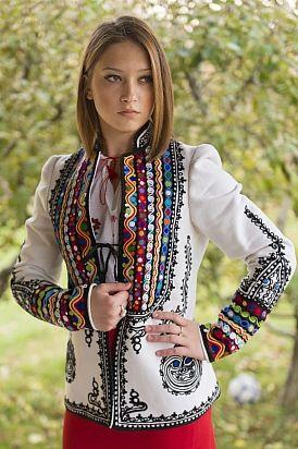 Ia româneacă   Ie de Breaza   Pagina principală