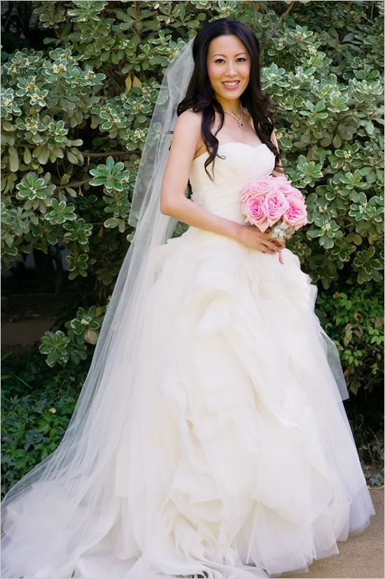 The parker palm springs classic wedding vera wang for Vera wang classic wedding dress