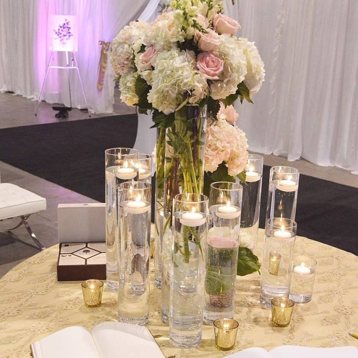 Statement piece design for guest book table. By Unico Decor