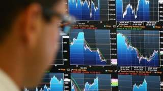Shares on both sides of the Atlantic sink in investor sell-off - BBC News