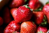 When to Plant Strawberry Plants (with Pictures) | eHow