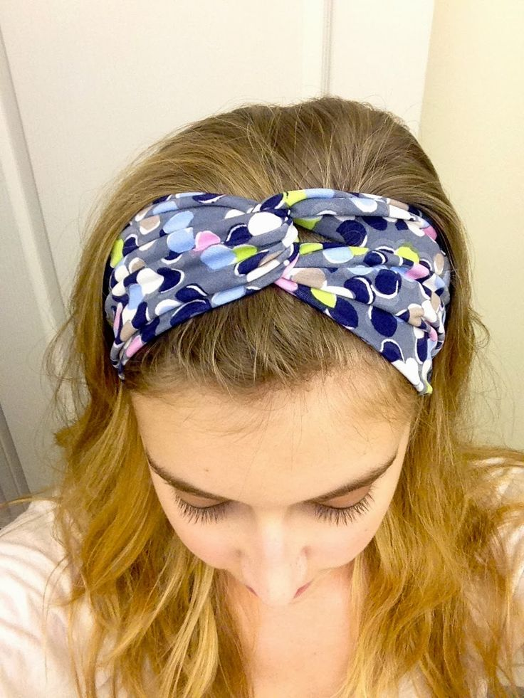 Kraftie Katie: DIY Headband Tutorial (Super Easy!) definitely doing this, perfect for knit scrapd