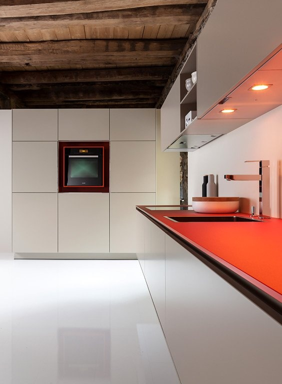 Unique Arbeitsplatte in Rot K che Swing von Warendorf Farbe in der K che