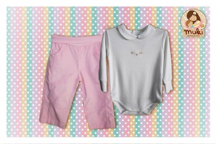 Body y pantalón en algodón peruano Tallas: de 0 a 18 meses Body:$12.990 Pantalón:$16.990