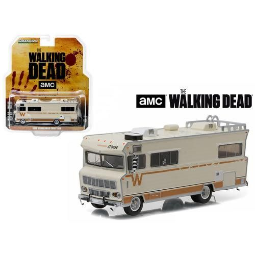 Dale's 1973 Winnebago Chieftain The Walking Dead (2010-Current TV Series) HD Trucks Series 7 1/64 Diecast Model Car by Greenlight