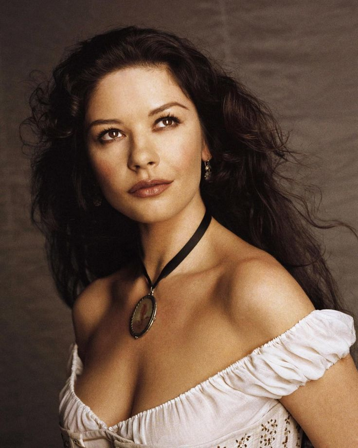Courtly Catherine Zeta Jones