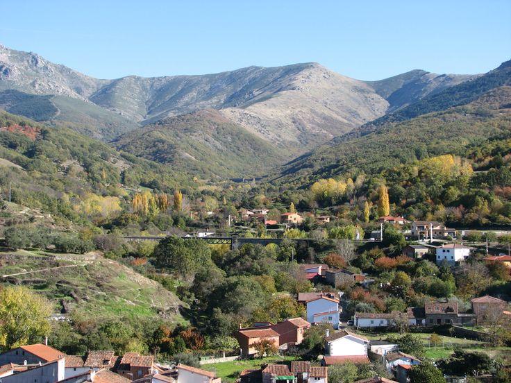Vistas desde la Iglesia de Santa María. El Otoño en el Valle del Ambroz es Mágico.