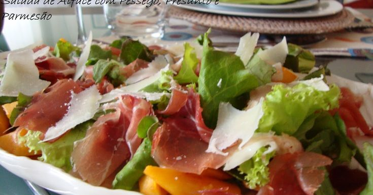 Não há dúvida que as saladas são asverdadeiras receitas de verão. Podem fazer-se de quase tudo e com quase todas as combinações. São fre...