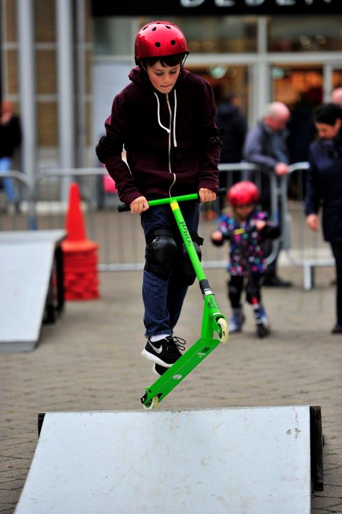Freaky Friday in Weymouth town centre on 30th October 2015.   Skateboard workshop in New Bond Street.  Picture: Graham Hunt.