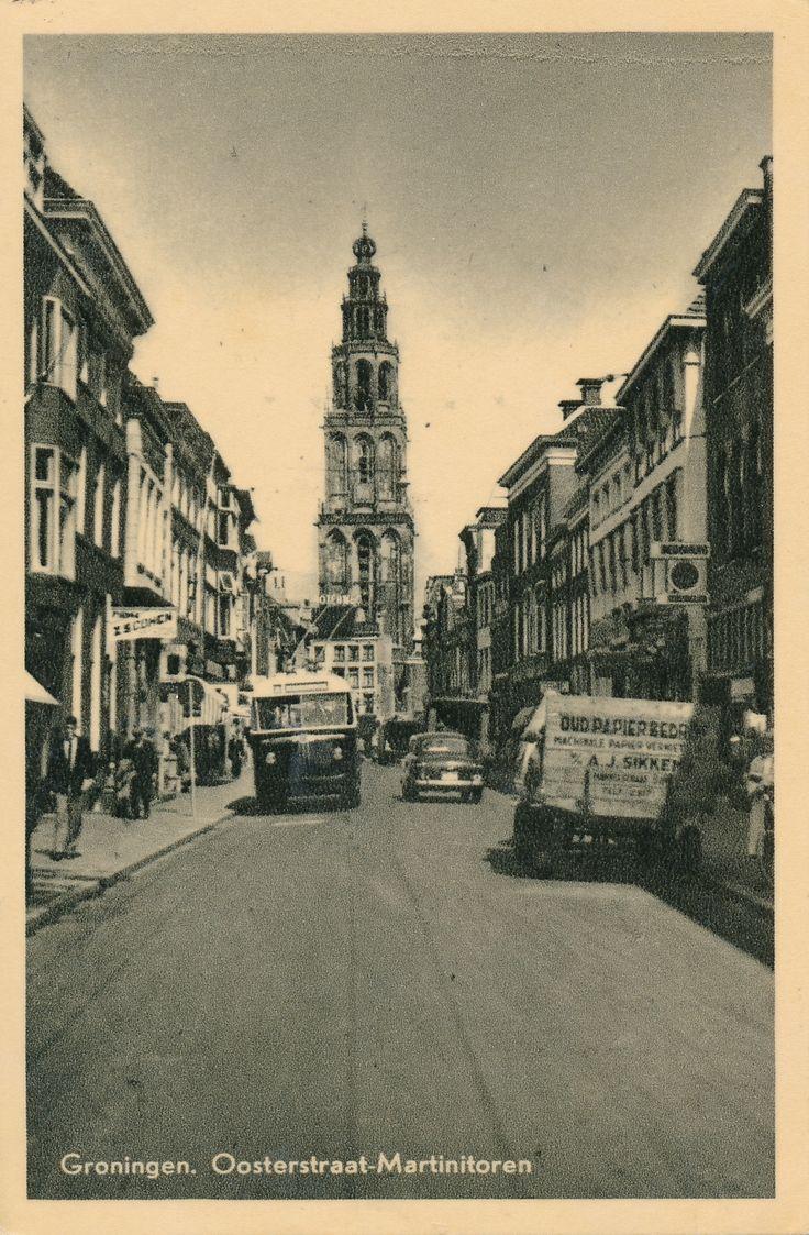 Vintage Postcard - Groningen Oosterstraat Martinitoren