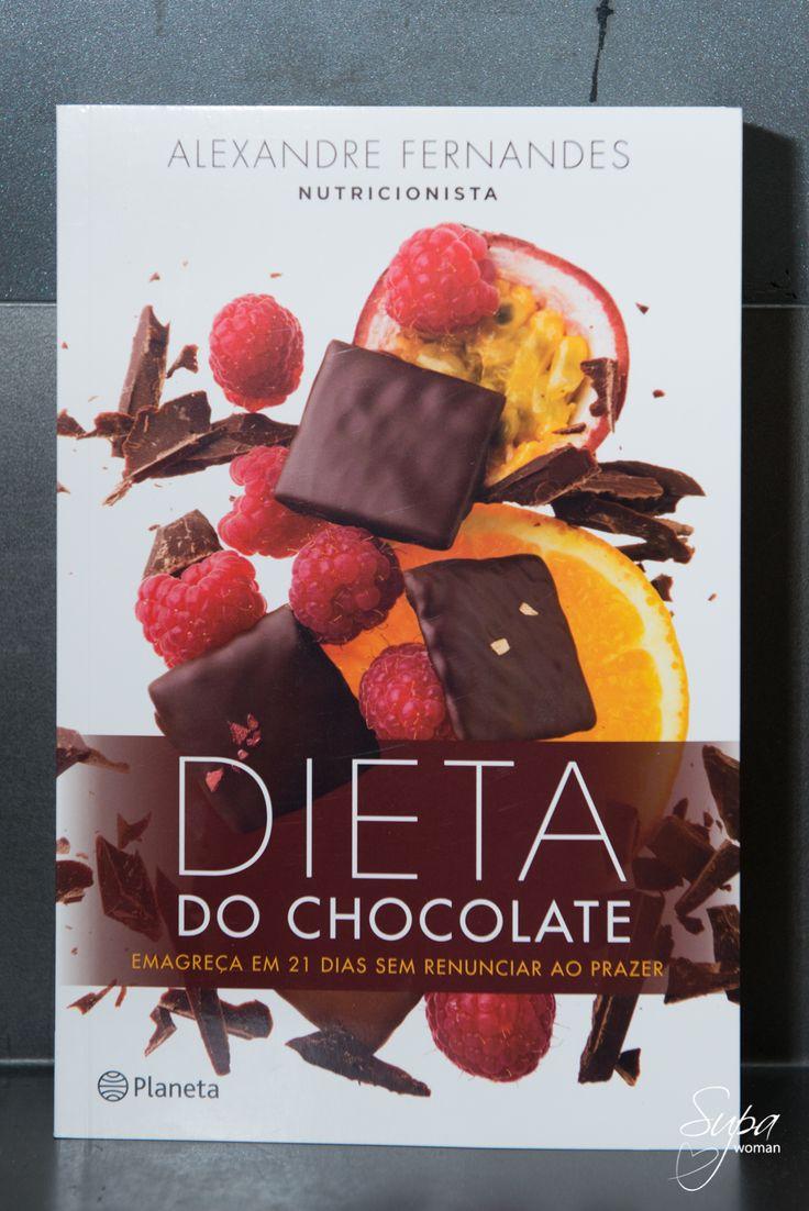 Não vos soa bem a junção das palavras: dieta com chocolate? Estivemos no lançamento do livro do nosso querido #nutricionista Alexandre Fernandes - Dieta do Chocolate. #chocolate #dieta #livro