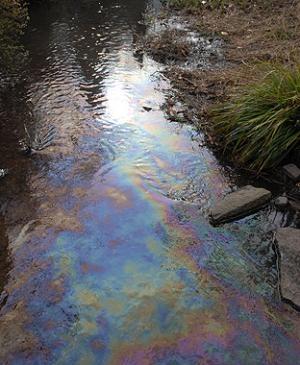 river oil spill