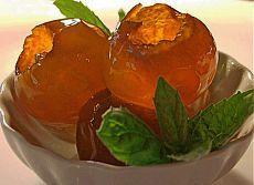 Прозрачное варенье из яблок - такое вкусное и красивое.