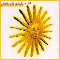 """Should I be terriffied, should I be crying? Ani jedno, ani drugie. Charakter muzyki na """"Sunburnt"""" uniemożliwia wynoszenie z odsłuchów wstrząsających wrażeń. Stawką w zmaganiach Martina Phillippsa ma być raczej kunsztowny, urokliwy pop oraz idące za nim poczucie przyjemności, satysfakcji i oczarowania."""