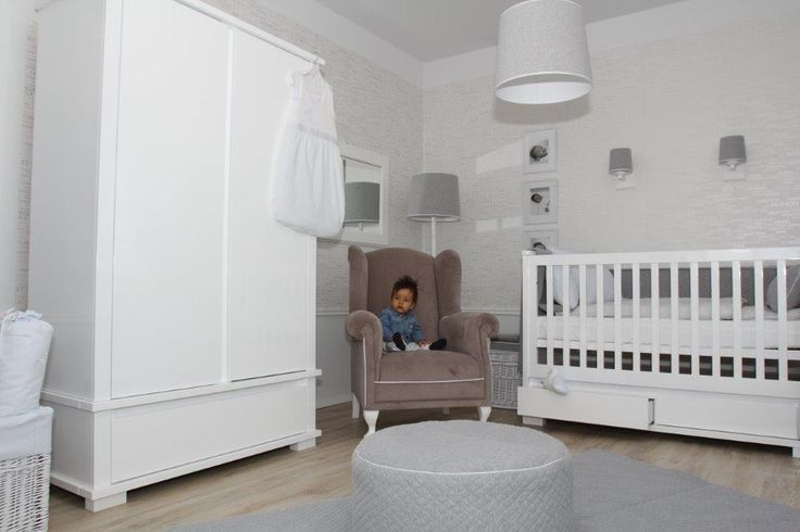 Modern collection is a perfectly composed set of furniture for children and teenagers. The aim of the collection is to serve its users for many years and therefore in Caramella.pl collection you will find a baby cot, a single bed for an older child, and a desk for a preschooler and pupil.
