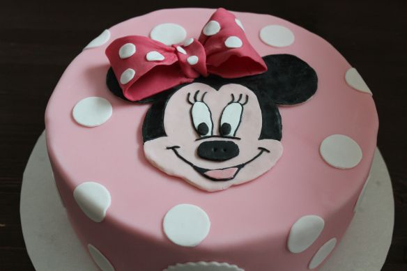 Die Besten 25 Minnie Maus Torte Ideen Auf Pinterest
