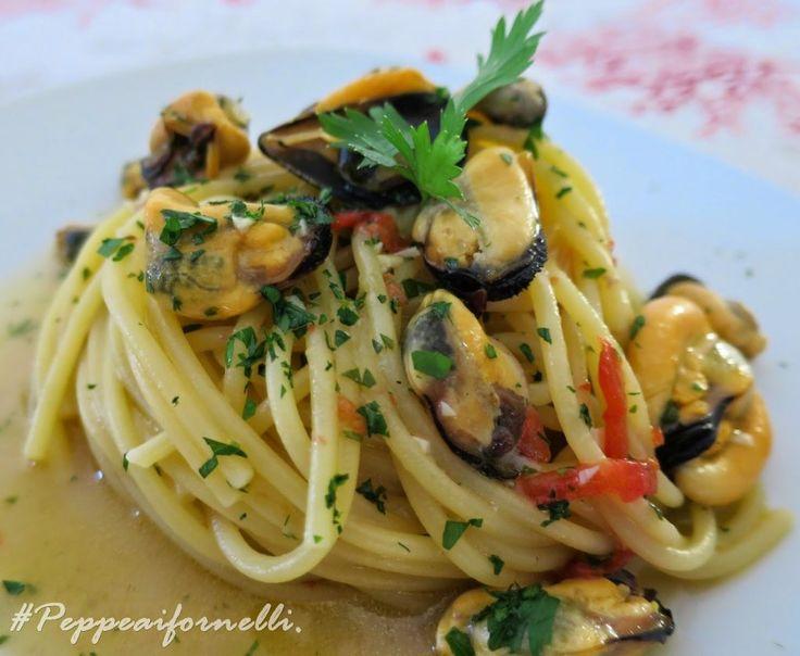 Spaghetti con le cozze tarantine. | Peppe ai fornelli