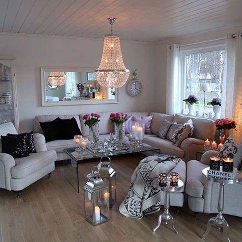 Credit: @torunnshome ✨  #norge #nordisk #norway #nordiskdesign #design #interior #interiør #inspirasjon #inspo #relax #light #home #hjem #instahome #instahjem #repost #stil #stilrent #living #life #kos #koselig #stue #livingroom #living_room #stua