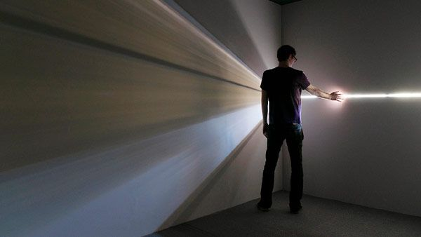Chris Fraser takes old physics discoveries: Lights Beams, Lights Art, Camera Obscura, Lights Installations, The Artists, Chris Fraser, Artists Inspiration, House Art, Beams Art