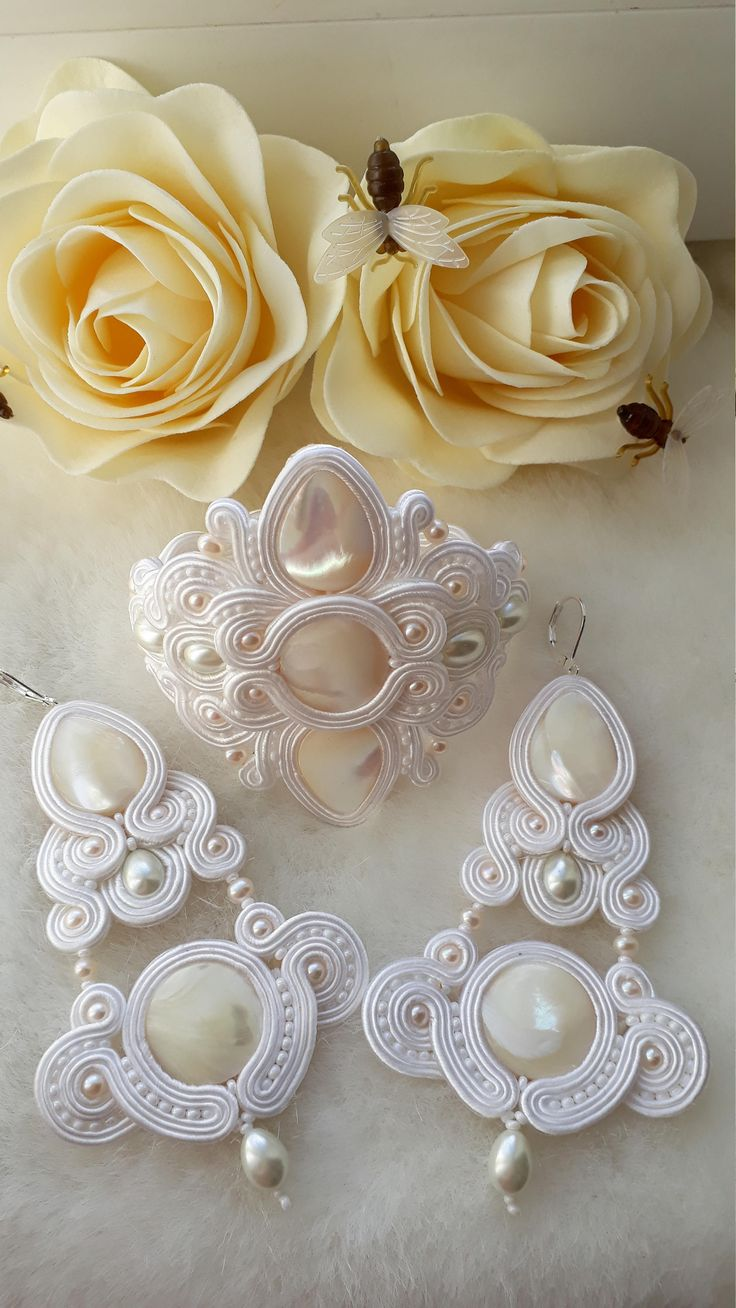 сутаж браслет и серьги невеста из жемчуга и перламутра by Tartilabijy on Etsy