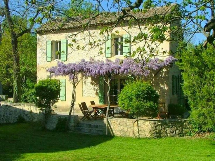 Idea di Valy Ony su Casali di campagna(country houses