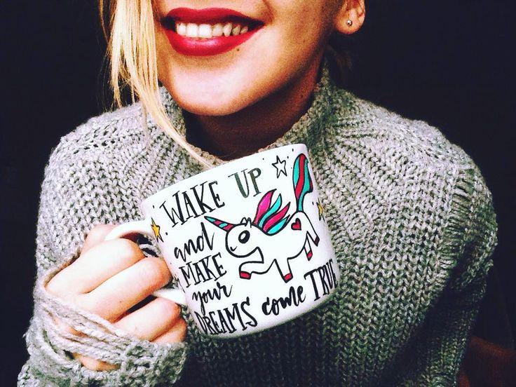 🙏🏼😍🦄 #mugsnikkynikky hrnčeky na želanie ☕💋 #slovakdesign #bratislava #picofday #instadaily #homemade #mugs #mugslife #hrncek #dnespijem #dnestvorim #dnesneessentials #cute #lovely #unicorn #makeyourdreamscometrue #madeinslovakia #photography