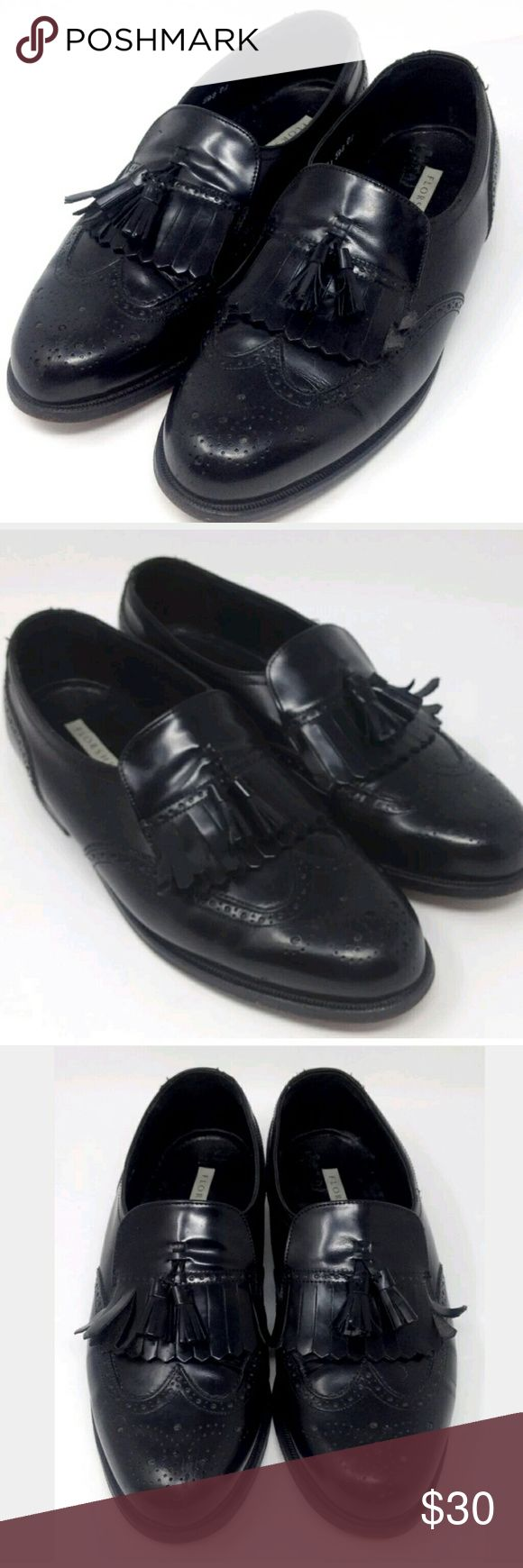 Florsheim Lexington Wing Tip Shoes 8.5 3E Florsheim Dress Shoes Men's Lexington Wing Tip Kiltie Gloss Black Leather Slip On Business Formal Tassel Loafers Size US 8.5 (3E)  Extra, Extra, Extra Wide / EU 41.5 - Great preowned condition, with light signs of wear to the insoles, and bottom soles, Uppers are in Excellent Condition.....Cleaned, Polished, and ready to wear....Enjoy! Florsheim Shoes Loafers & Slip-Ons
