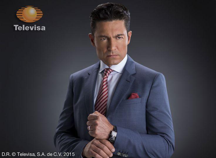 El actor Fernando Colunga aseguró que este 2016 tiene muchos retos que alcanzar a nivel profesional y personal.